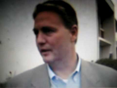 Auburn Fans heckle Jay Jacobs over decision to hire Gene Chizik