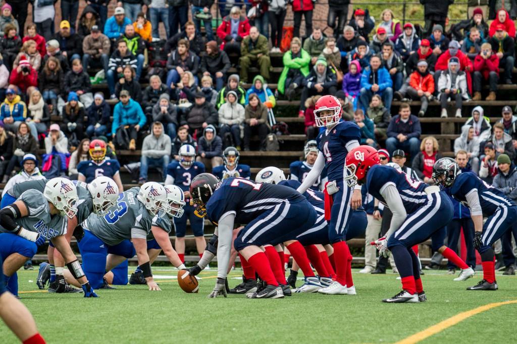 landslaget mot Luther College