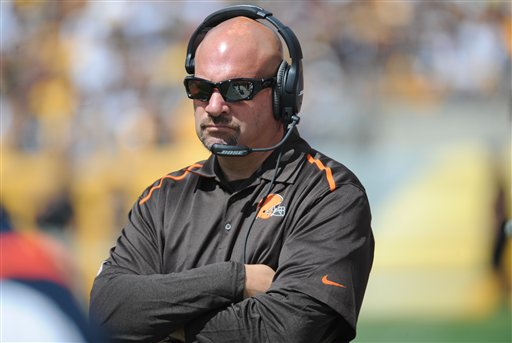Cleveland Browns head coach Mike Pettine during the NFL football game against the Pittsburgh Steelers on Sunday, Sept. 7, 2014, in Pittsburgh. (AP Photo/Don Wright)