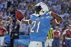 Tomlinson feirer en av hans til sammen 162 touchdowns, hvilket er tredje best i historien.